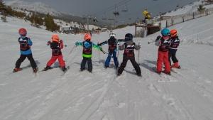cursos de esquí en valdesqui half term
